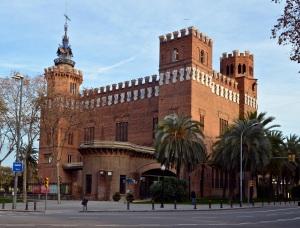 Barcelona_-_Castell_dels_Tres_Dragons_(2)