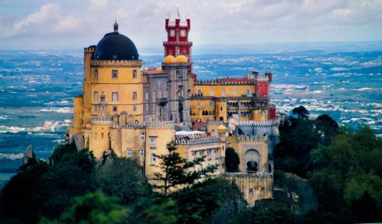 Palacio da Pena, Portugal-General view of the castle