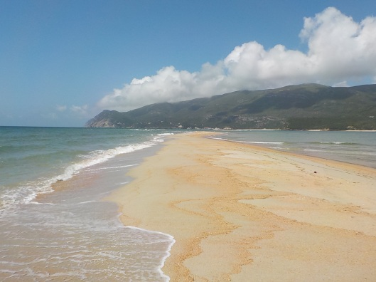 5.26.16 Praia da Figuerinha.005