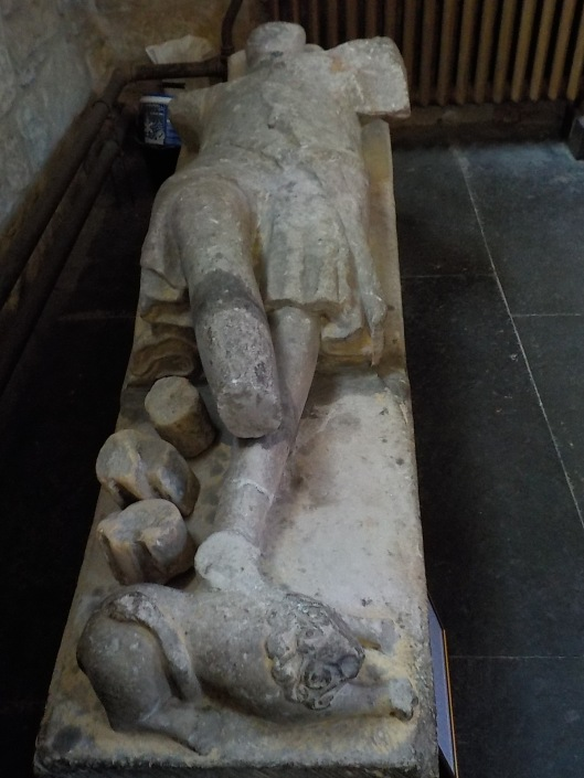 9-14-16-dornoch-tomb-sir-richard-de-moravia