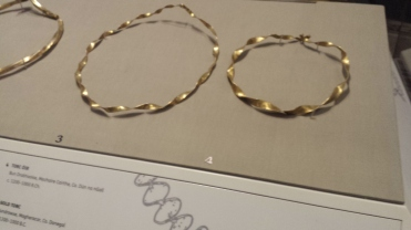 (R) Gold bracelet from Donegal